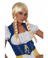 Beieren damespruik blond trend