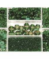 Bewaardoosje met donkergroene glaskralen trend