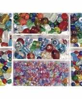 Bewaardoosje met gekleurde glaskralen trend