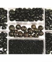 Bewaardoosje met zwarte glaskralen trend