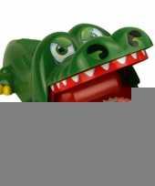 Bijtende krokodil drankspelletje trend