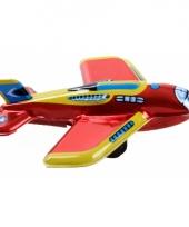 Blikken vliegtuigje rood met geel 11 cm trend