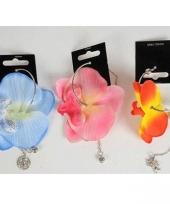 Bloemen oorbellen door ring trend