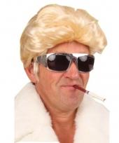 Blonde heren pruik met stoer kapsel trend