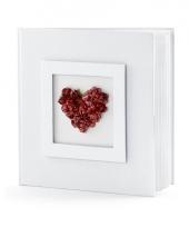 Bruiloft gastenboek met rood hart trend