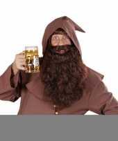 Bruine baard met lange krullen trend