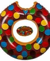 Bruine opblaasbare donut zwemband en drankhouder trend