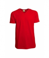 Casual rood heren v hals shirt trend