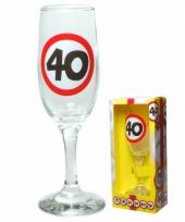 Champagneglas 40 jaar cadeauset trend