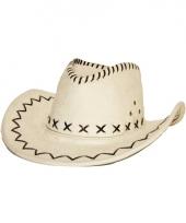 Cowboyhoed ecru suede look trend