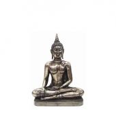 Decoratie beeld zilverkleurig boeddha 31 cm trend
