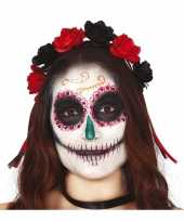 Diadeem tiara met zwarte en rode rozen voor dames trend