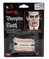 Dracula tanden voor volwassenen trend