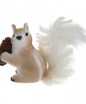Eekhoorn met dennenappel 16 cm type 2 trend