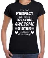 Freaking awesome sister zus cadeau t-shirt zwart dames trend