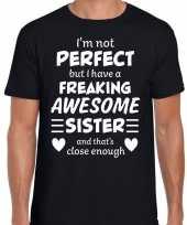 Freaking awesome sister zus cadeau t-shirt zwart heren trend