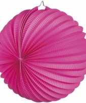 Fuchsia roze gekleurde feest lampionnen trend