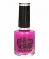 Glow in the dark nagellak neon paars trend