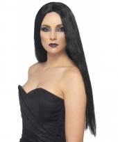Gothic zwarte damespruik trend