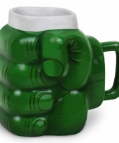 Groene hand koffiemok trend