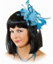 Haar accessoire blauwe bloem trend