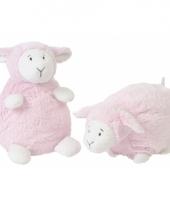 Happy horse roze zittend knuffel lammetje trend