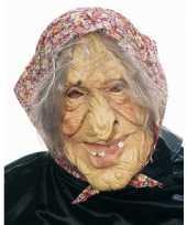 Heksen masker met hoofddoekje trend