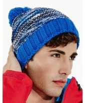 Heren winter muts blauwe mix met pompon trend