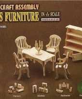 Houten poppenhuis meubels eetkamer trend