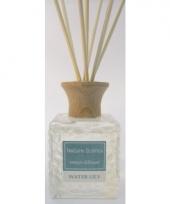 Interieur parfum met geurolie met stokjes water lelie 80 ml trend