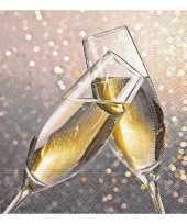 Jaarwisseling servetten champagne trend