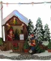 Kerstdorp kerstboom kraampje winkeltje 16 cm met led verlichting trend