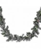 Kerstguirlande met jute versiering wit trend