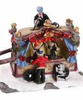 Kersthuisje poppentheater kraam trend