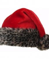 Kerstmuts met luipaard bontrand trend