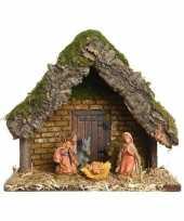 Kerststal met 5 kerst figuren 23 cm trend