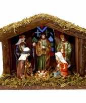 Kerststal met verlichting en figuren trend