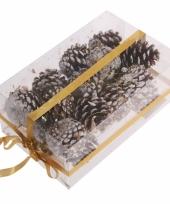 Kerststukje decoratie dennenappels bruin trend