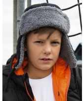 Kinder trapper winter muts zwart trend