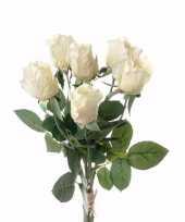 Kunstbloemen rozen boeket creme trend