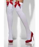 Lange witte kousen met rode strik trend