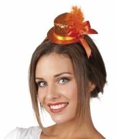 Leuke tiara met oranje glitterhoed trend