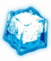 Lichtgevend ijsklontje blauw trend