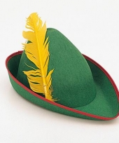 Luxe peter pan hoed met veer trend