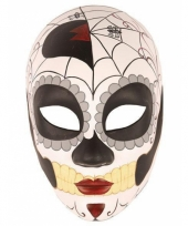 Masker day of the dead halloween trend