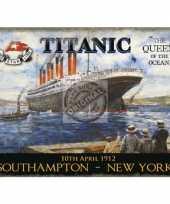 Metalen plaat met de titanic afgebeeld trend