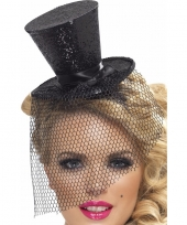 Mini hoedje zwart op haarband trend 10099101