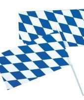 Oktoberfest bayern zwaaivlaggetjes trend