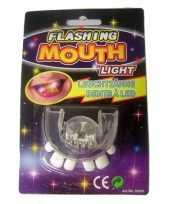 Oplichtend scheve tanden gebit led lampjes trend