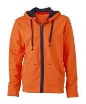Oranje herenvestje met donkerblauwe ritssluiting trend